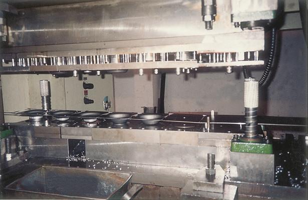 郑州模具加工厂告诉你这些塑料模具加工的故障如何解决 第1张
