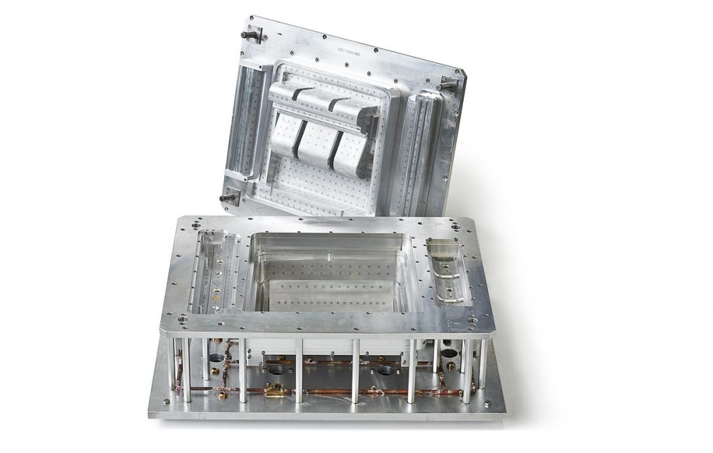 注塑模具加工过程中保养维护方法 第1张