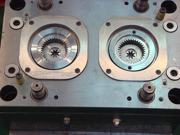 压铸模焊接维修加工厂家 第1张