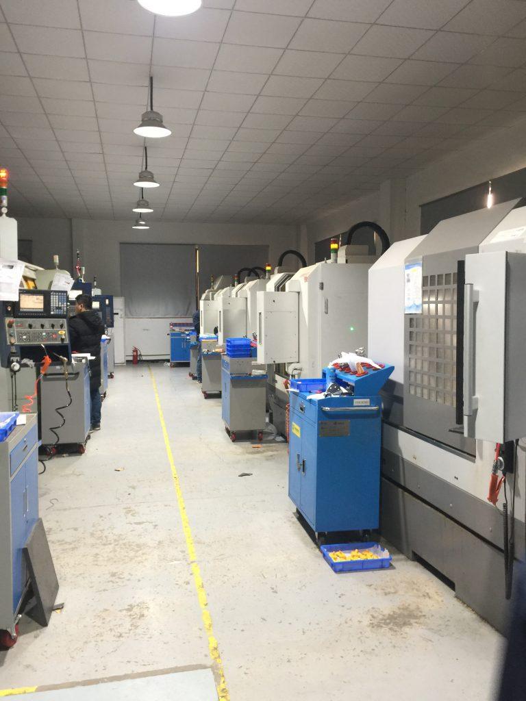 专业注塑模具厂提供一站式服务 第1张